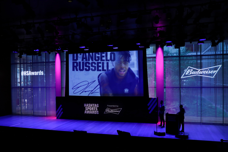 hashtag-sports-awards-stage